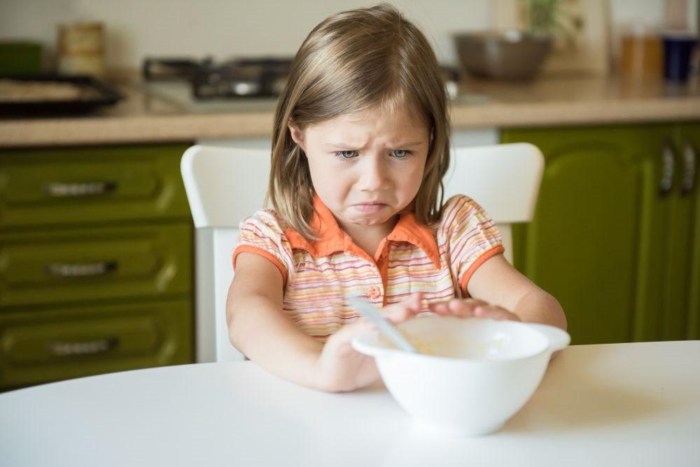 zasto ne treba terati dete da jede_1027687066