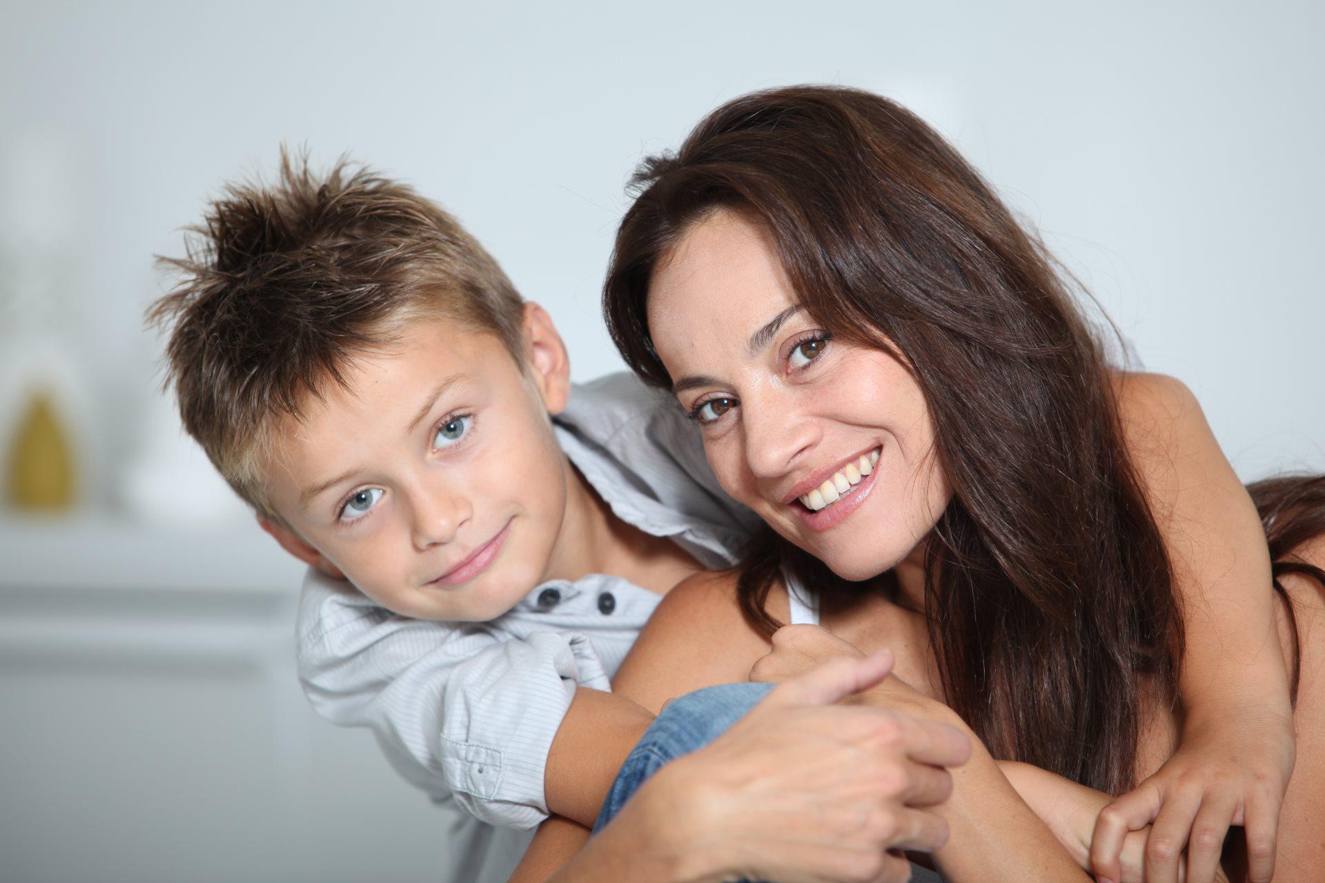 roditelji imaju tamne oci a dete plave_62085742