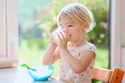 zasto deca treba da unose kalcijum_226785400.jpg